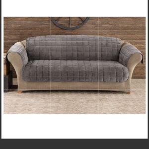 Surefit Deluxe Comfort loveseat Furniture cover